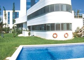 Pool Hôtel HLG CityPark Sant Just
